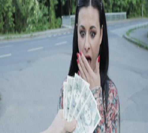 นักศึกษา เห็นเงินแล้วรีบถวายหีให้เลย เย็ดเสียวสดๆริมถนนเลย